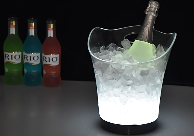 barware-plastic-ice-bucket.jpg